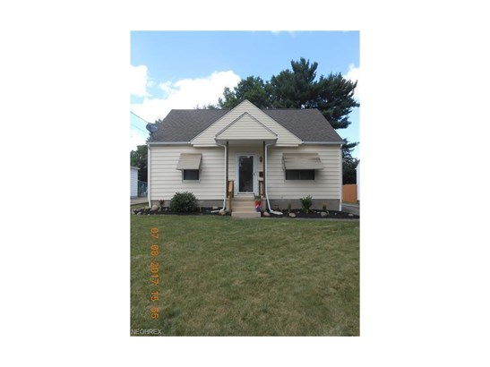 2705 Robindale Ave, Akron, OH - USA (photo 4)