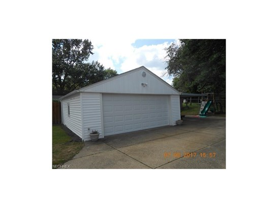 2705 Robindale Ave, Akron, OH - USA (photo 5)