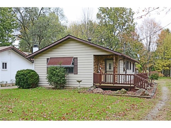 6379 Fitch Rd, Olmsted Township, OH - USA (photo 1)