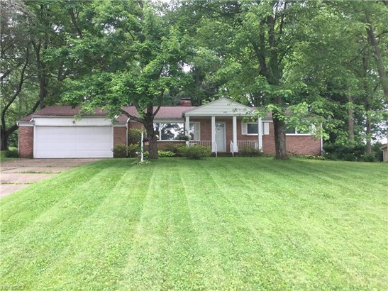 1334 Glennview St Northeast, Canton, OH - USA (photo 1)