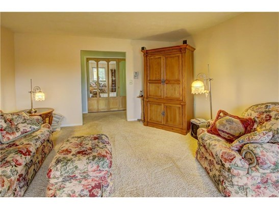 3389 Valley Forge Dr, Brunswick, OH - USA (photo 3)