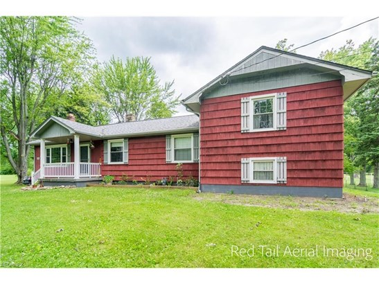 13763 Easton St Northeast, Alliance, OH - USA (photo 2)