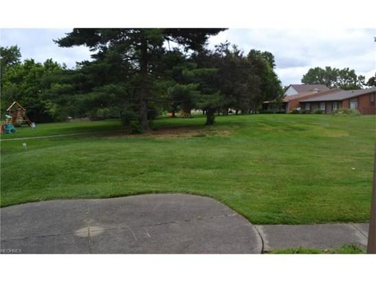 1117 Kenwood Cir Northeast, Canton, OH - USA (photo 5)