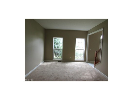 10109 Brushwood Dr, Streetsboro, OH - USA (photo 4)