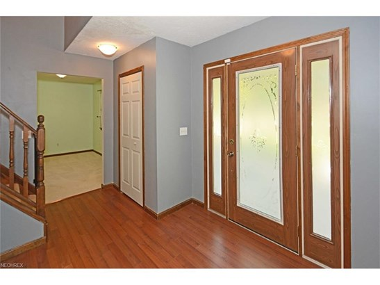 261 Crosse Rd, Amherst, OH - USA (photo 2)