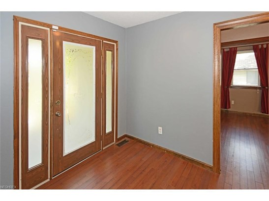 261 Crosse Rd, Amherst, OH - USA (photo 3)