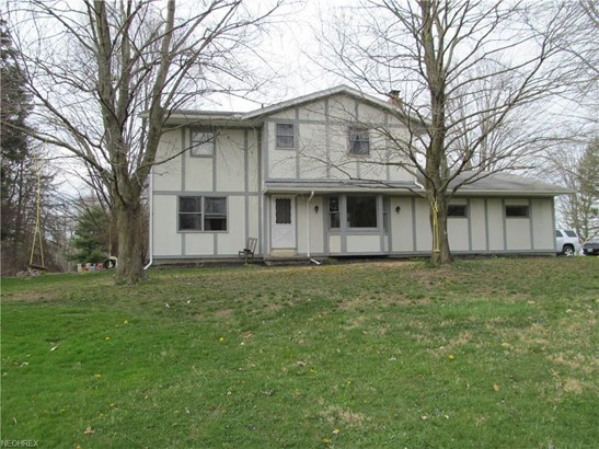 13197 Bayton St Northeast , Alliance, OH - USA (photo 1)