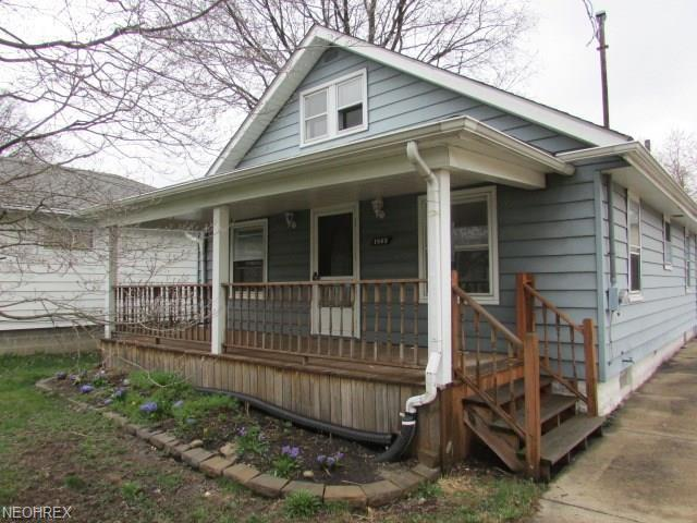 1863 Ford Ave , Akron, OH - USA (photo 2)