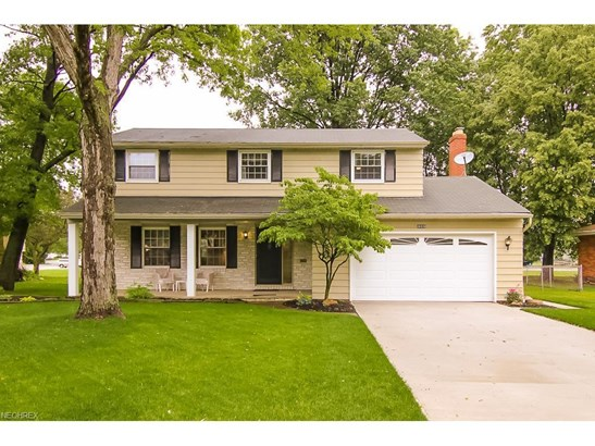 26936 Driscoll Ln, North Olmsted, OH - USA (photo 1)