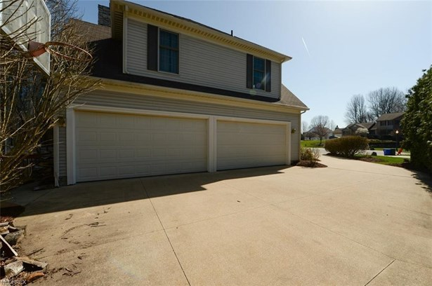 621 Rustic Knoll Dr, Kent, OH - USA (photo 4)