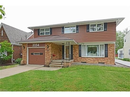 3254 East Erie Ave, Lorain, OH - USA (photo 1)