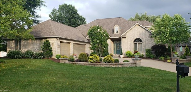 3904 Woodleigh Ave Northwest, Canton, OH - USA (photo 1)