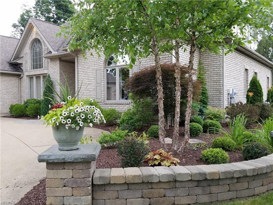 3904 Woodleigh Ave Northwest, Canton, OH - USA (photo 2)