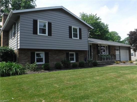 1580 Raywood Rd, Alliance, OH - USA (photo 2)