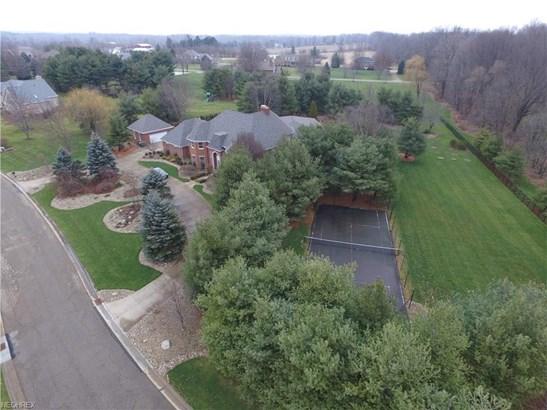 7561 Braucher St Northwest, North Canton, OH - USA (photo 2)