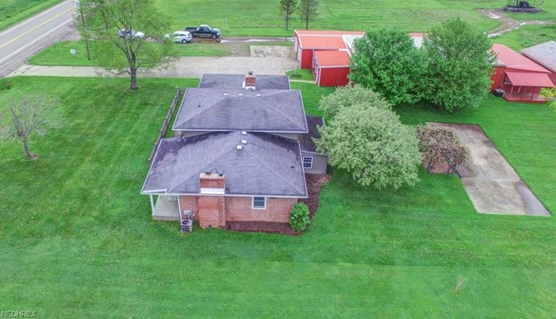 6152 Canton Rd Northwest , Carrollton, OH - USA (photo 5)