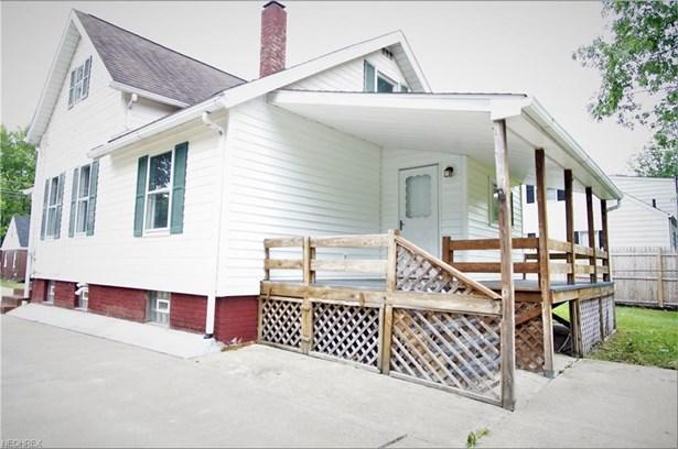 1327 19th St Northeast , Canton, OH - USA (photo 4)