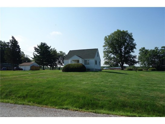 6828 Maplebrook Ave Northeast, East Canton, OH - USA (photo 1)