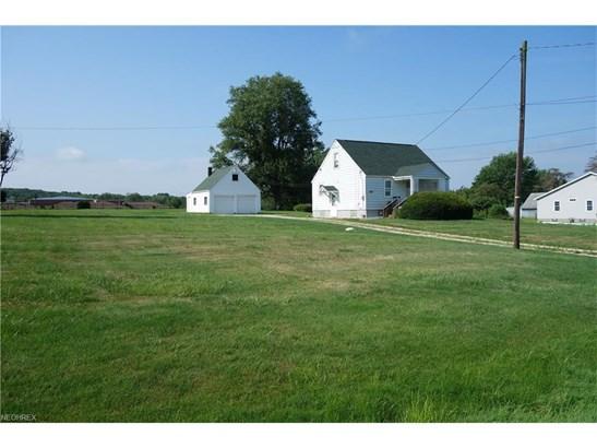6828 Maplebrook Ave Northeast, East Canton, OH - USA (photo 2)