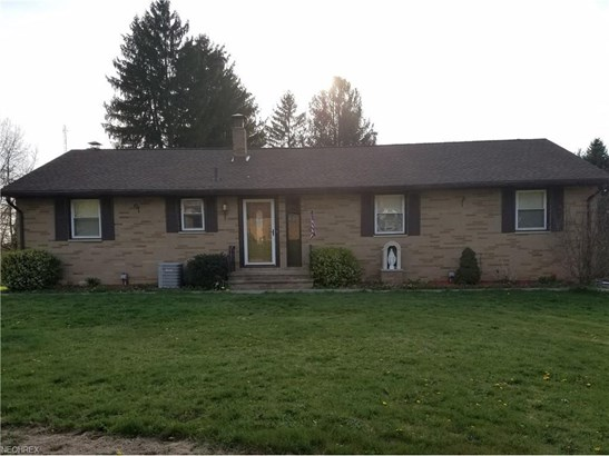 4736 Christman Rd, Akron, OH - USA (photo 1)