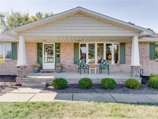5187 Ault Ave Northeast, Louisville, OH - USA (photo 2)