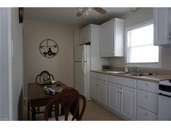 1670 Highview Ave, Akron, OH - USA (photo 2)