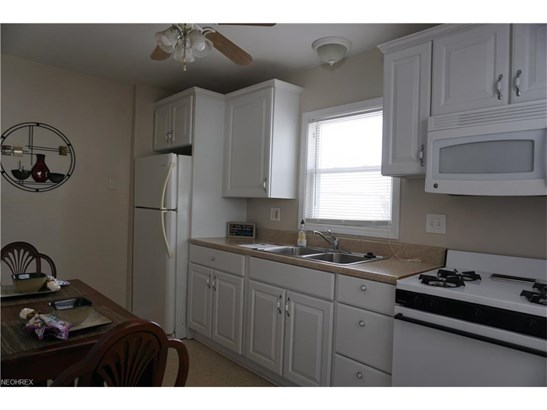 1670 Highview Ave, Akron, OH - USA (photo 4)