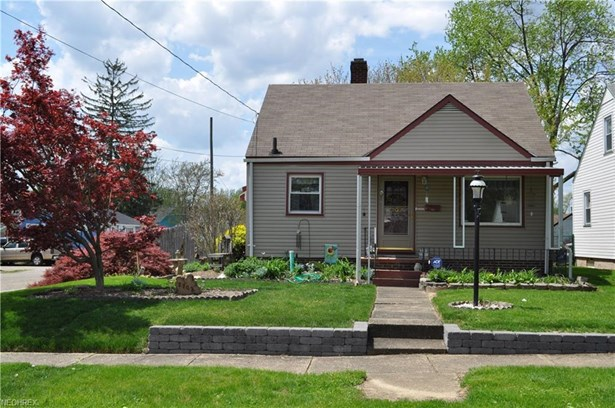 2703 Kirby Ave Northeast, Canton, OH - USA (photo 1)
