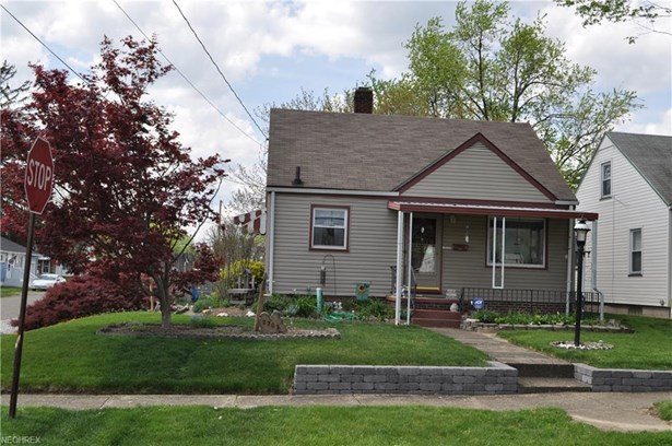 2703 Kirby Ave Northeast, Canton, OH - USA (photo 2)
