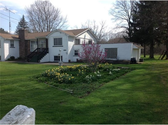 3240 Orchardview Dr Southeast, Canton, OH - USA (photo 3)