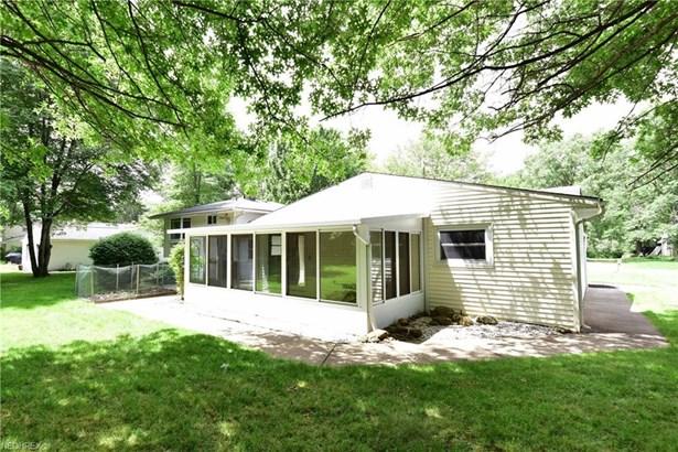 6816 Westview Dr, Brecksville, OH - USA (photo 2)