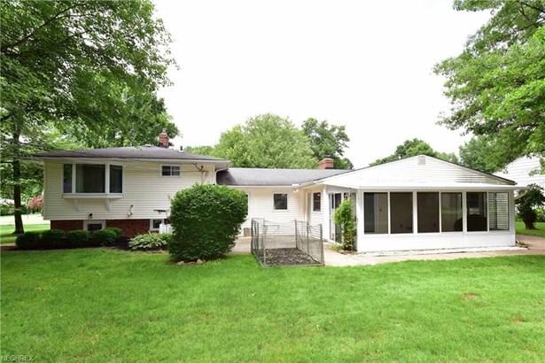 6816 Westview Dr, Brecksville, OH - USA (photo 3)