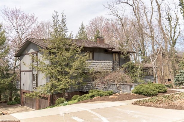 3684 Country Club Dr, Silver Lake, OH - USA (photo 3)
