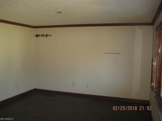 236 Carnwise St Southwest, Canton, OH - USA (photo 3)