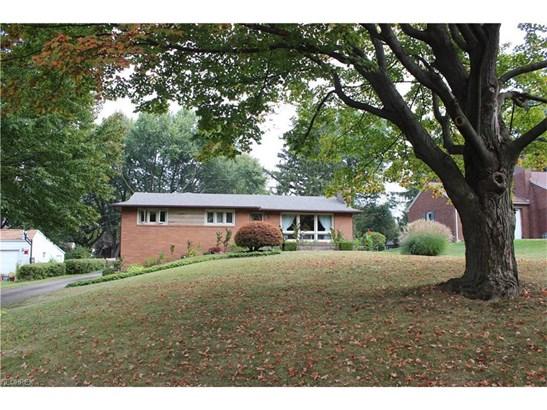 3753 Crestwood St Northwest, Canton, OH - USA (photo 1)