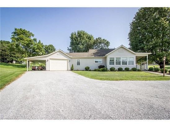 1055 Kensington Rd Northeast, Carrollton, OH - USA (photo 3)