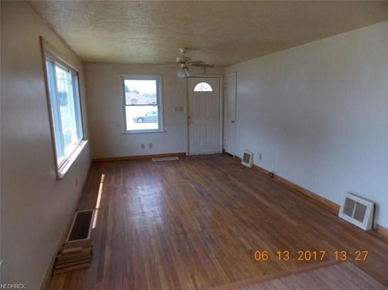 1260 Raff Rd Southwest, Canton, OH - USA (photo 5)