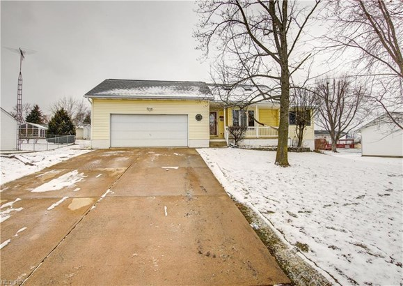 317 Madina St Northeast, East Canton, OH - USA (photo 1)