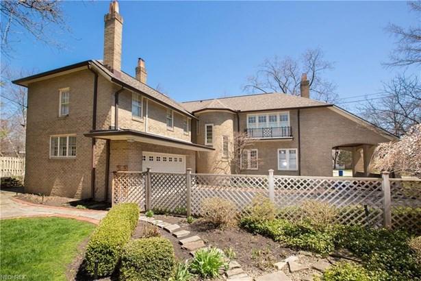 18102 Clifton Rd, Lakewood, OH - USA (photo 4)