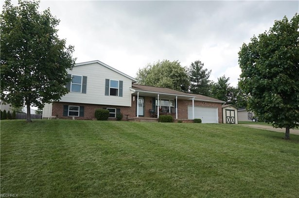 4517 Andette Ave Northwest, Massillon, OH - USA (photo 1)