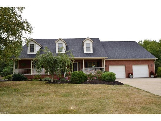 1338 East Maple St, North Canton, OH - USA (photo 1)