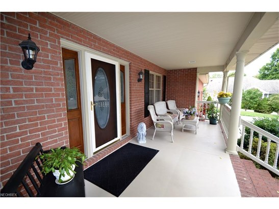 1338 East Maple St, North Canton, OH - USA (photo 3)