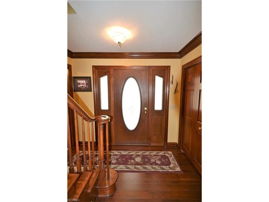 1338 East Maple St, North Canton, OH - USA (photo 5)