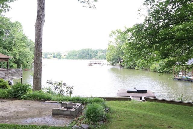 1.5 Story, Traditional - Hickory, NC (photo 2)