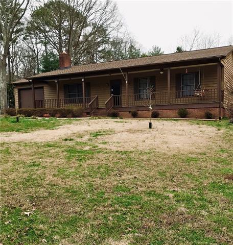 1 Story, Ranch - Hickory, NC