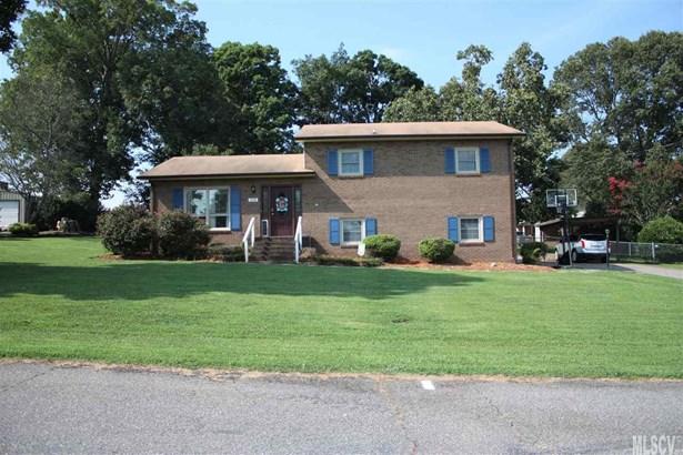Split Level, Single Family - Claremont, NC (photo 2)