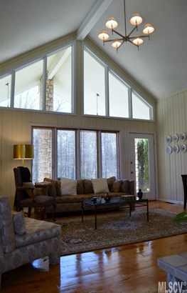 Ranch, Single Family - Newton, NC (photo 5)
