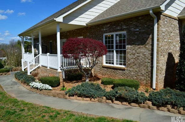 Single Family, Ranch/Bsmt - Granite Falls, NC (photo 2)