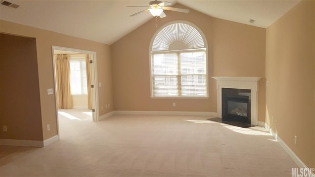 Townhouse, Townhome One Story - Hickory, NC (photo 5)