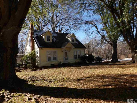 2.5 Story/Bsmt, Single Family - Hickory, NC (photo 1)